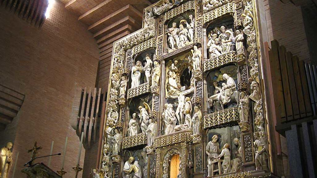 Retablo en honor a la Virgen