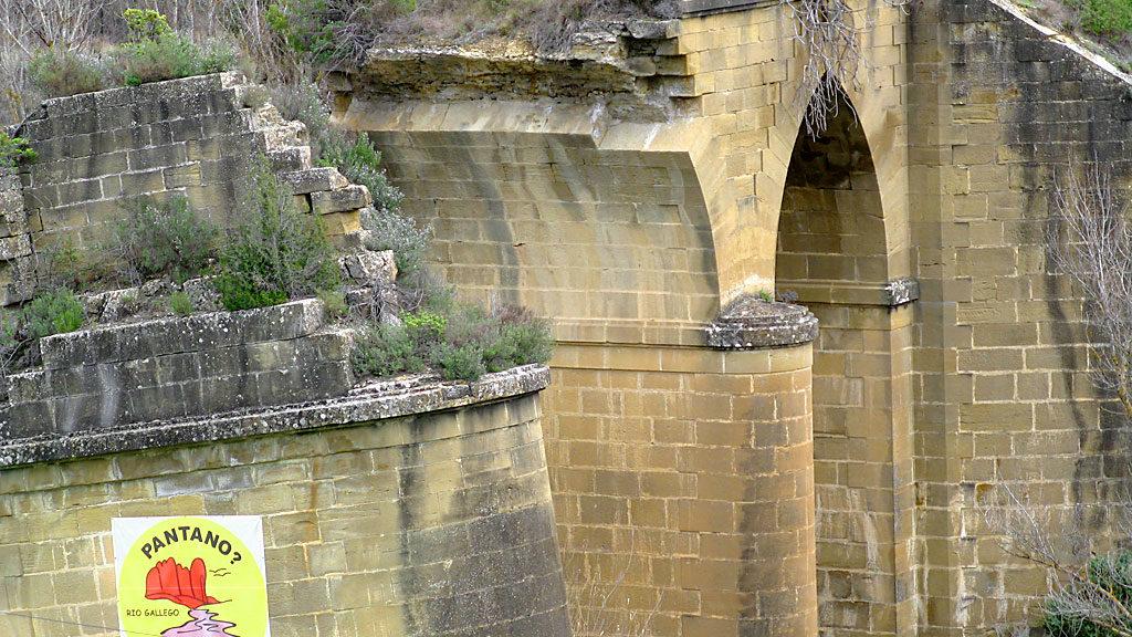 Antiguo puente de Murillo de Gállego