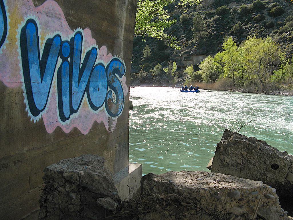 Debajo del puente de Murillo de Gállego
